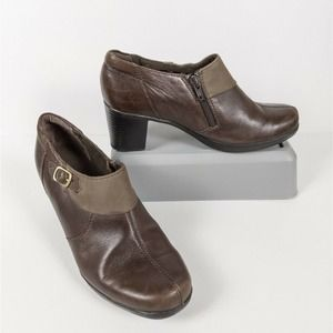 CLARKS Leather Side Zip Boot Heeled 63038 7.5M